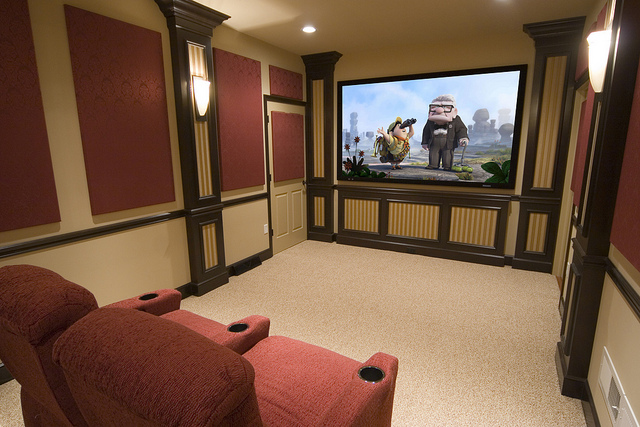What To Consider When Buying A Home Theatre