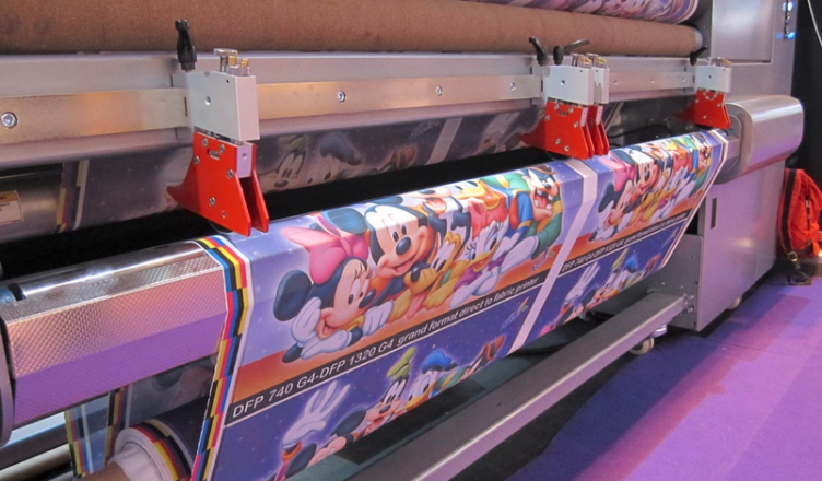 Benefits and Challenges Of Using Fabric In Digital Printing