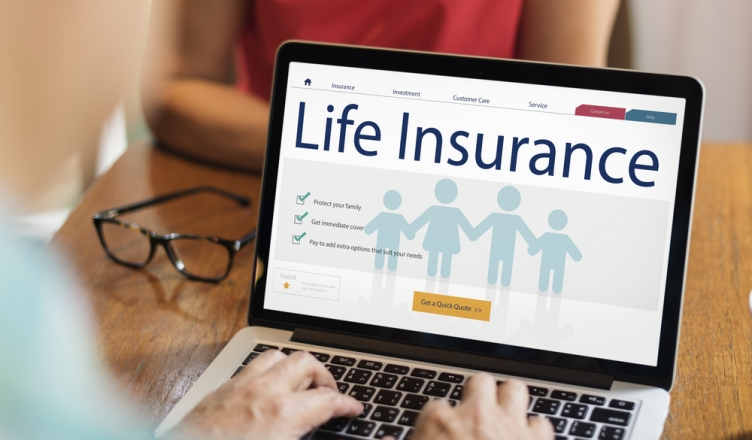 Here's Why One Should Not Fall For Guaranteed Life Insurance Plans?